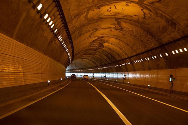 قابلیت تحمل تونل در برابر حجم دود حاصل از اگزوزها